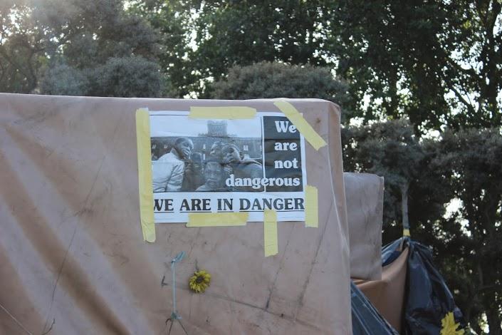 Calais_sign.jpg