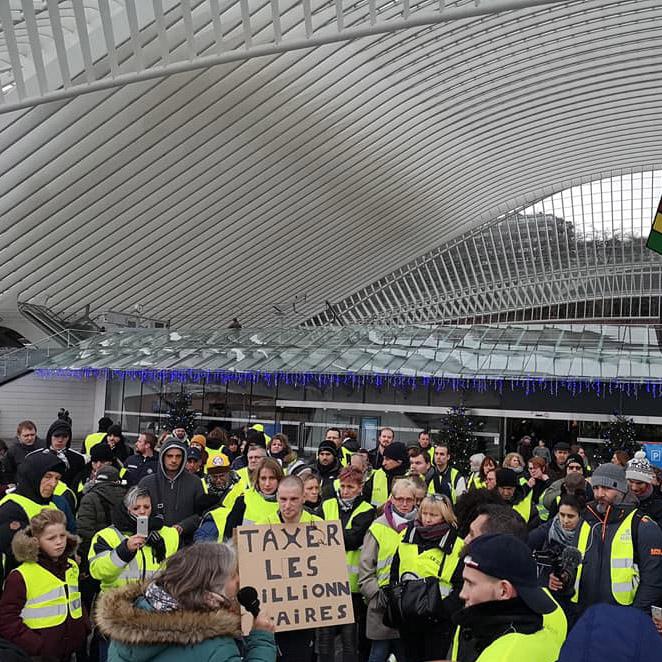 1-gilets-jaunes-solidarite-ardente-2019.jpg