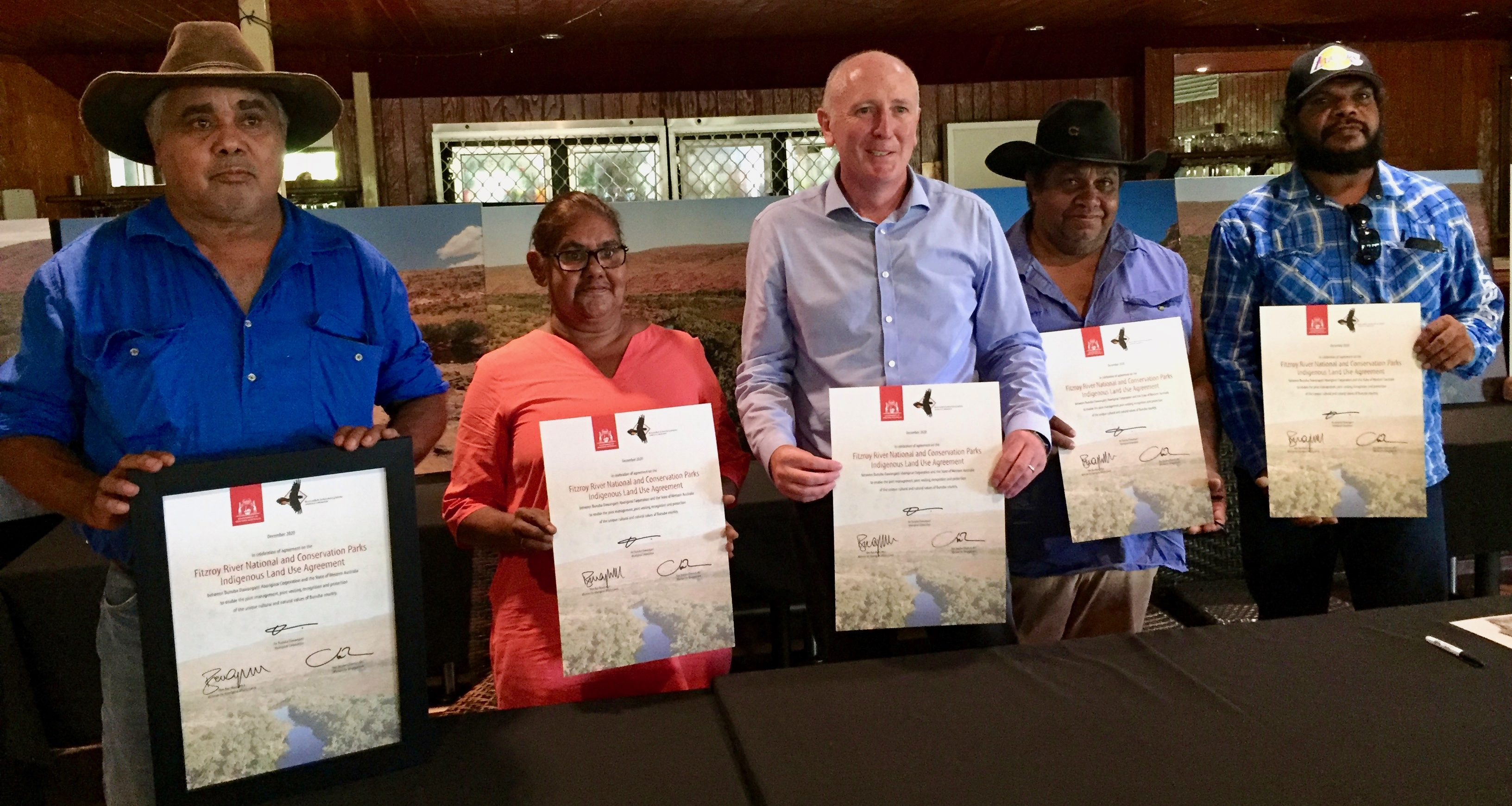 Bunuba Traditional Owners and Environment Minister Stephen Dawson with signed agreements for the creation of Fitzroy River National Park (photo: M Pritchard).