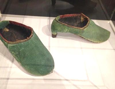 PersianShoes1.jpg