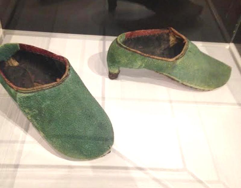 PersianShoes-a.jpg