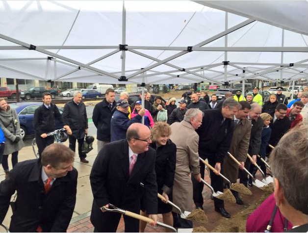 comm_ave_groundbreaking.jpg