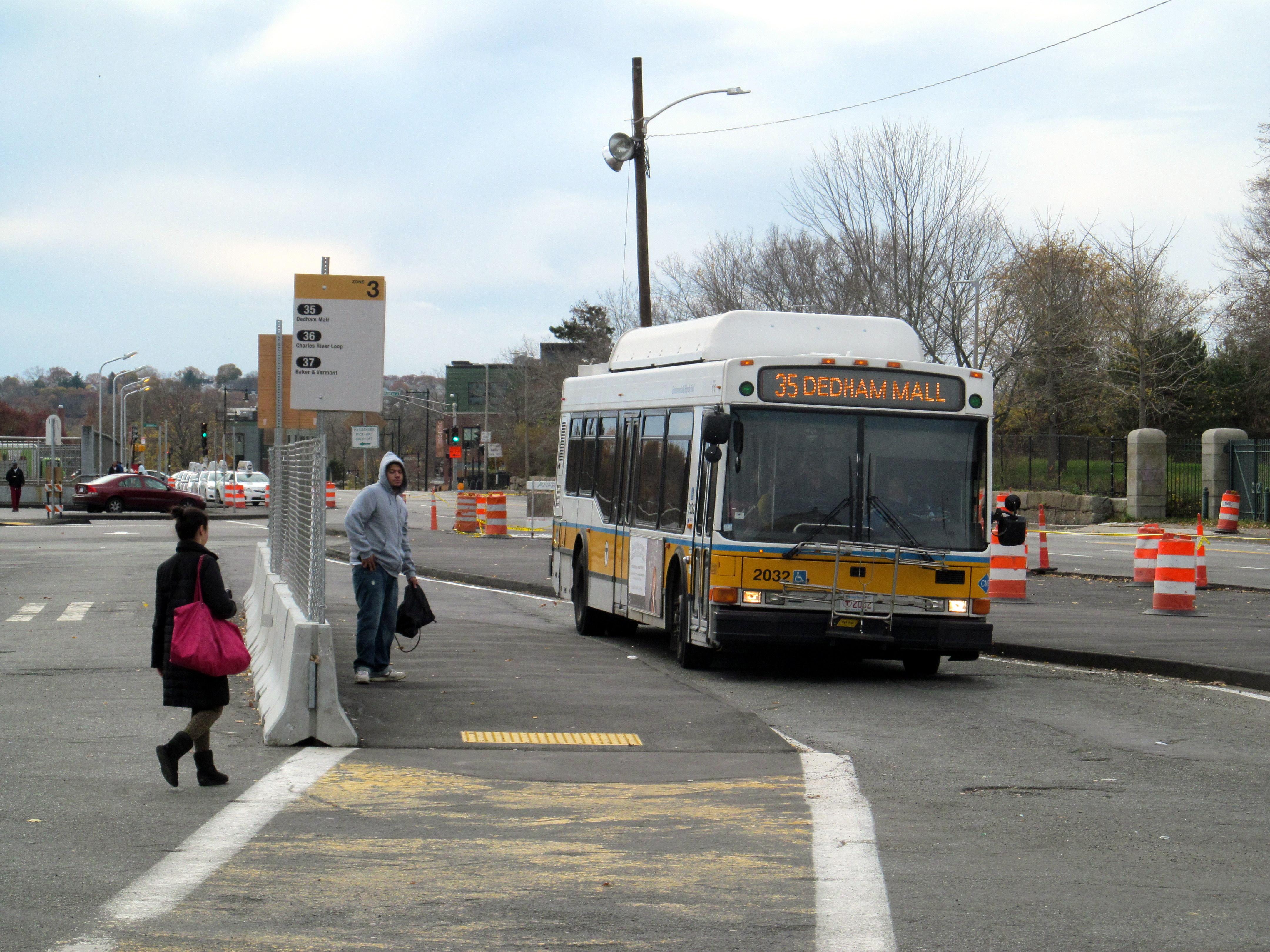MBTA_route_35_bus_at_Forest_Hills__November_2015.JPG