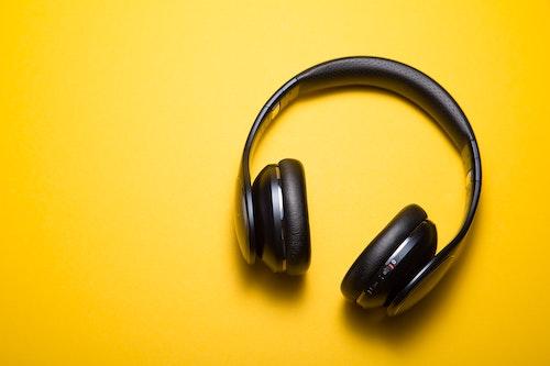 Audios y videos por David Hoffmeister