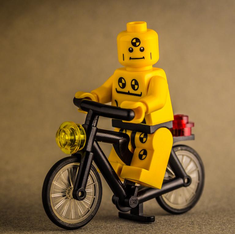 BikeCrashLego_thumb.jpg