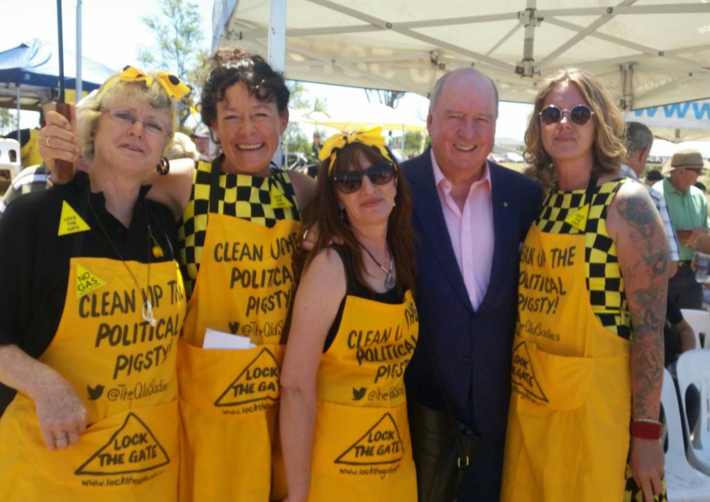 Photo_Alan_Jones_and_The_Qld_Sadies.jpg
