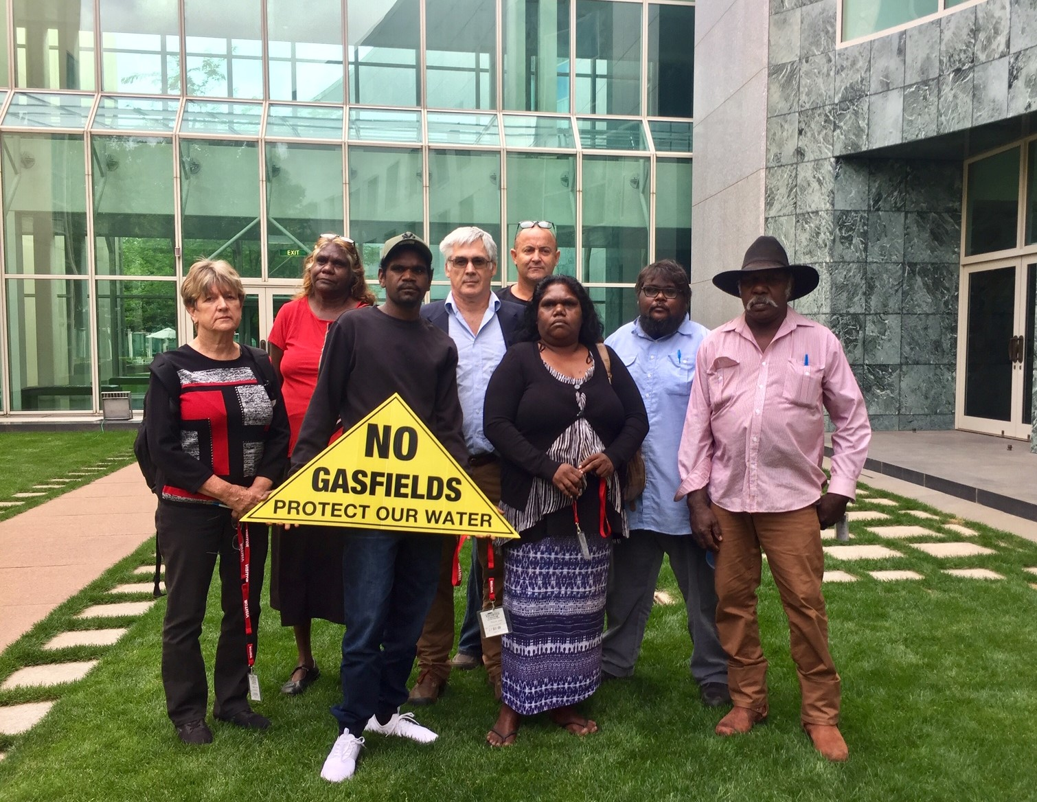 Frack-Finding tour concludes with Canberra call for national leadership to ban fracking