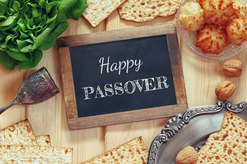 the celebration of passover 2018-03-31 passover starts on the 15th day of nisan in the hebrew calendar and lasts for 7 or 8 days, usually in april it celebrates the liberation of the israelites from slavery and their exodus from egypt, almost 3000 years ago.
