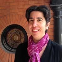 Sarah Roberton Headshot