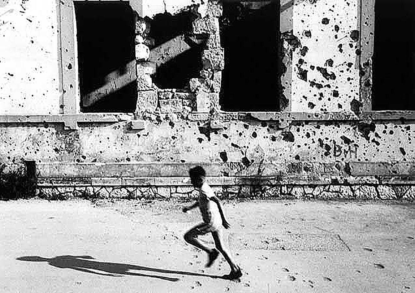 mostar-child-running.jpg