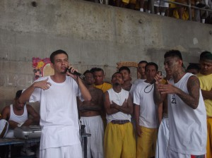 Salvadoran gang members rapping about peace in the Izalco prison. Photo by Mauricio Lopez.