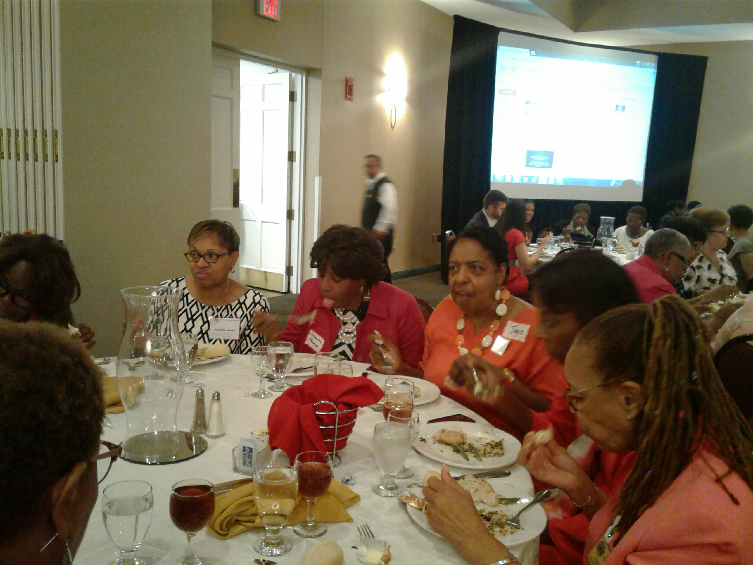 Womens_Equality_Day_Lunch_003.jpg