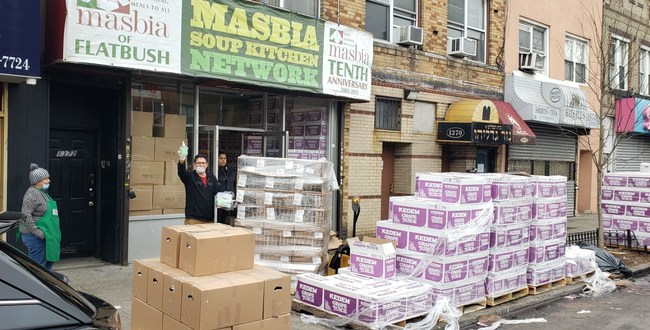 Masbia's Chef Ruben Diaz in front of Masbia of Flatbush