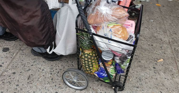 Masbia distributes food for clients to last 14 days during first days of the covid-19 pandemic