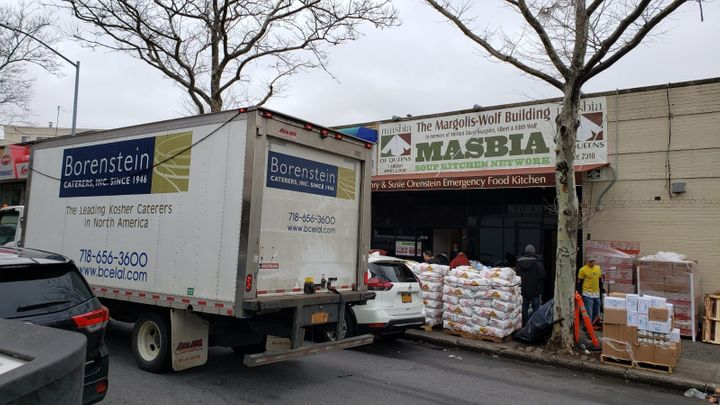 Borenstein delivering food to Masbia during the coronavirus outbreak.