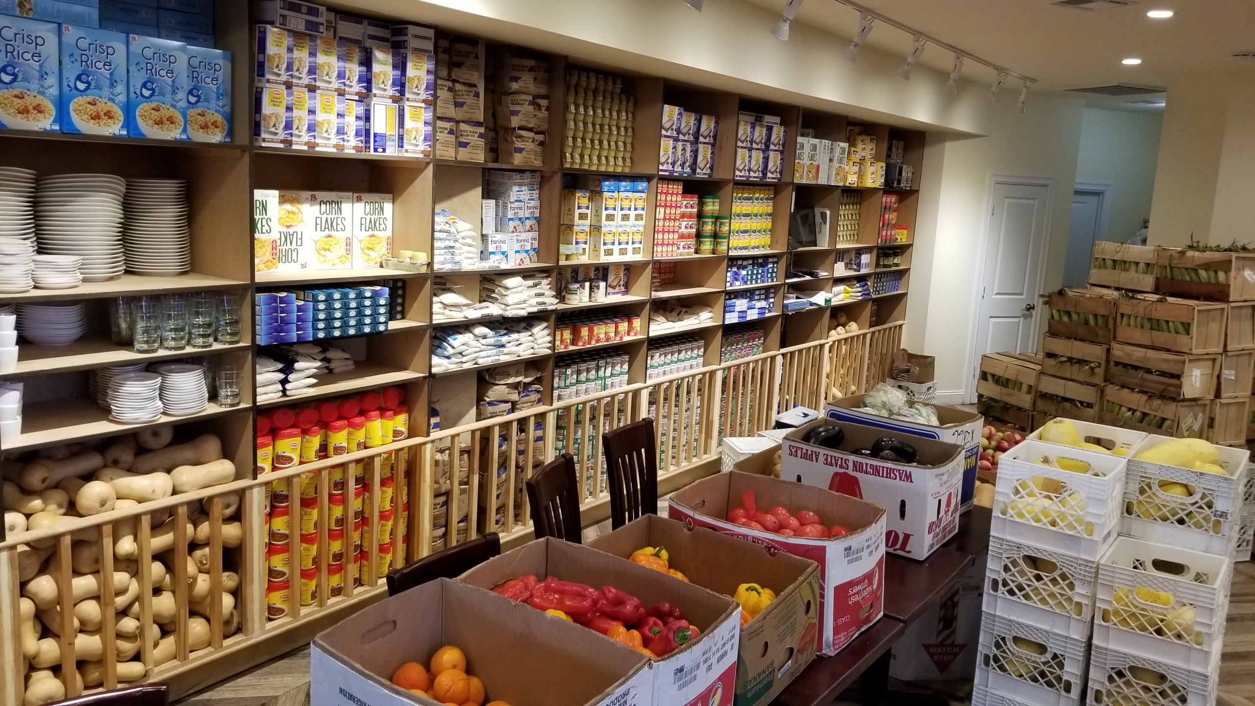 Masbia_Boro_Park_Pantry_Packing.jpg