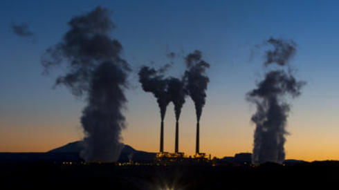 Mayor Eric Garcetti signed an agreement to sell LADWP's share in the Arizone-based Navajo Generating Station.