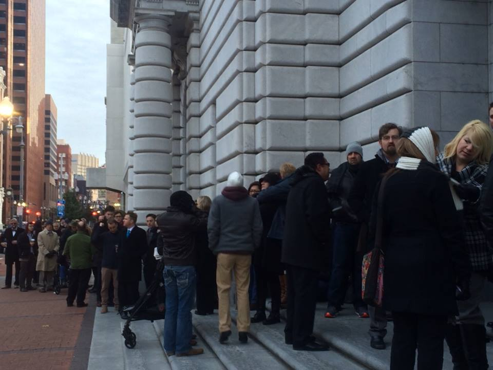 2015-01-09_Line_outside_5th_Circuit_in_NO.jpg