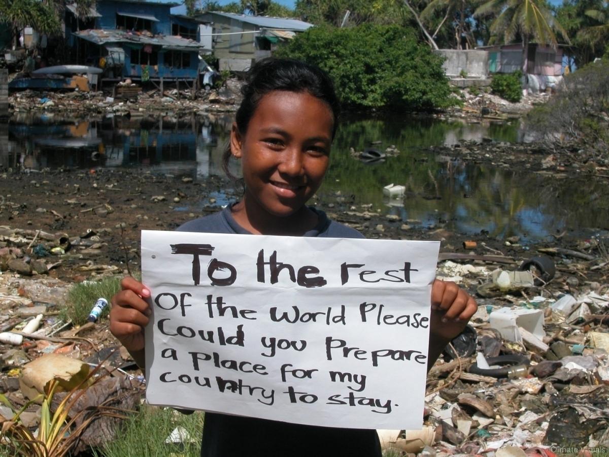 banners-kids-tuvalu.jpg