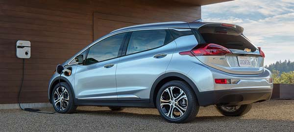 2016-chevrolet-bolt-electric-vehicle-charging.jpg