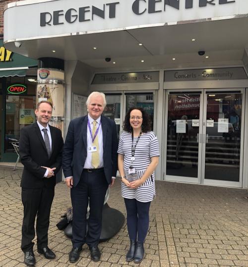 Mike Cox helps trustees of Regent Centre
