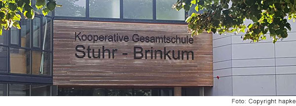 Eingang der Kooperativen Gesamtschule Stuhr-Brinkum