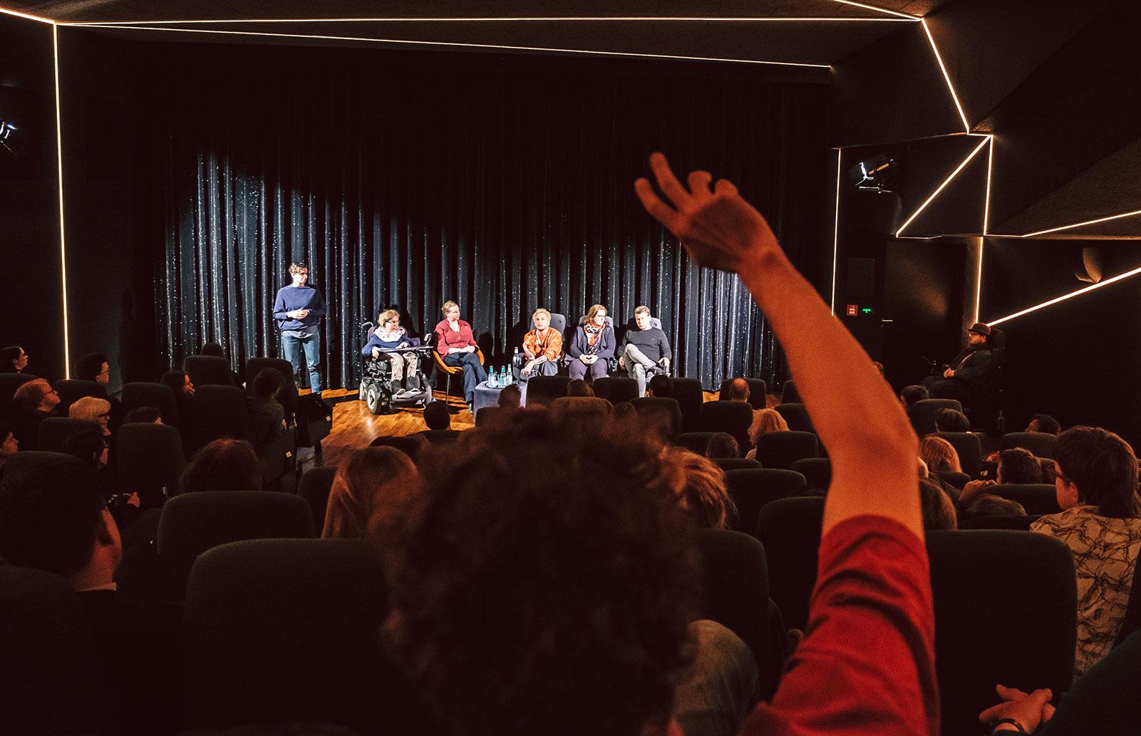 Diskussion nach DIE KINDER DER UTOPIE im Delphi LUX, Berlin. Foto: Andi Weiland, Gesellschaftsbilder.de