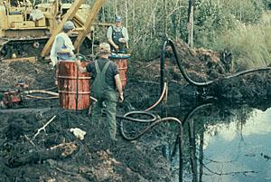 oil-spills-mn-37KB.jpg