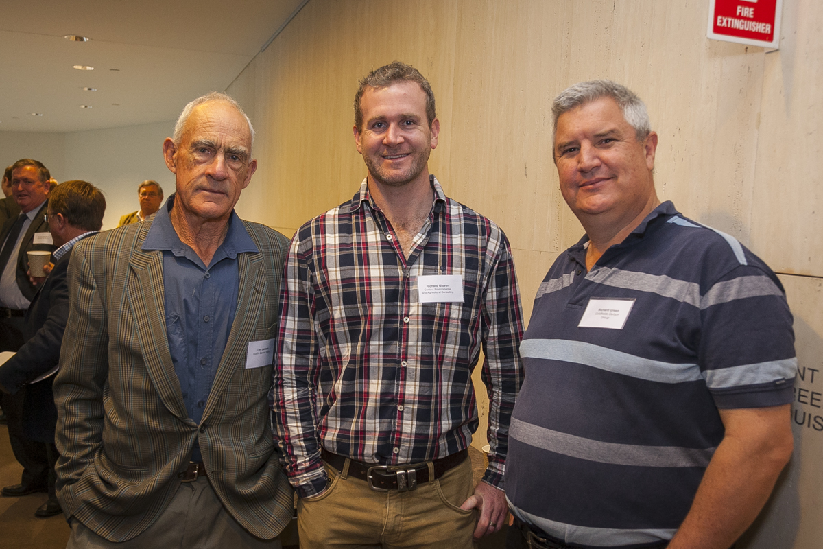 Tom Jackson (Austin Downs Station), Richard Glover (Contour Environmental and Agricultural Consulting) and Richard Green (Goldfields Carbon Group)
