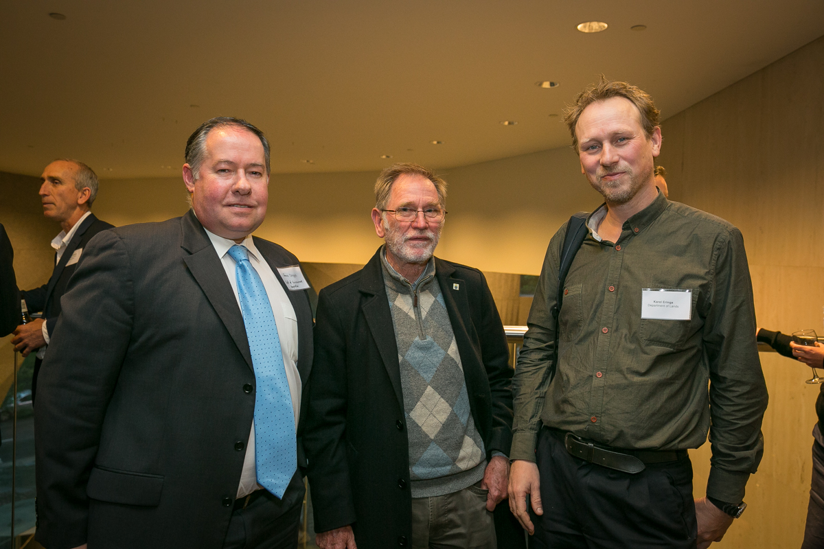 James Duggie (Dept of Environment Regulation), Brian Moyle (Wildflower Society) and Karel Eringa (Dept of Lands)