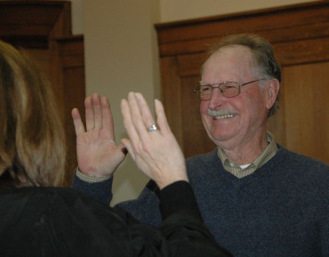 Warren sworn in 2009