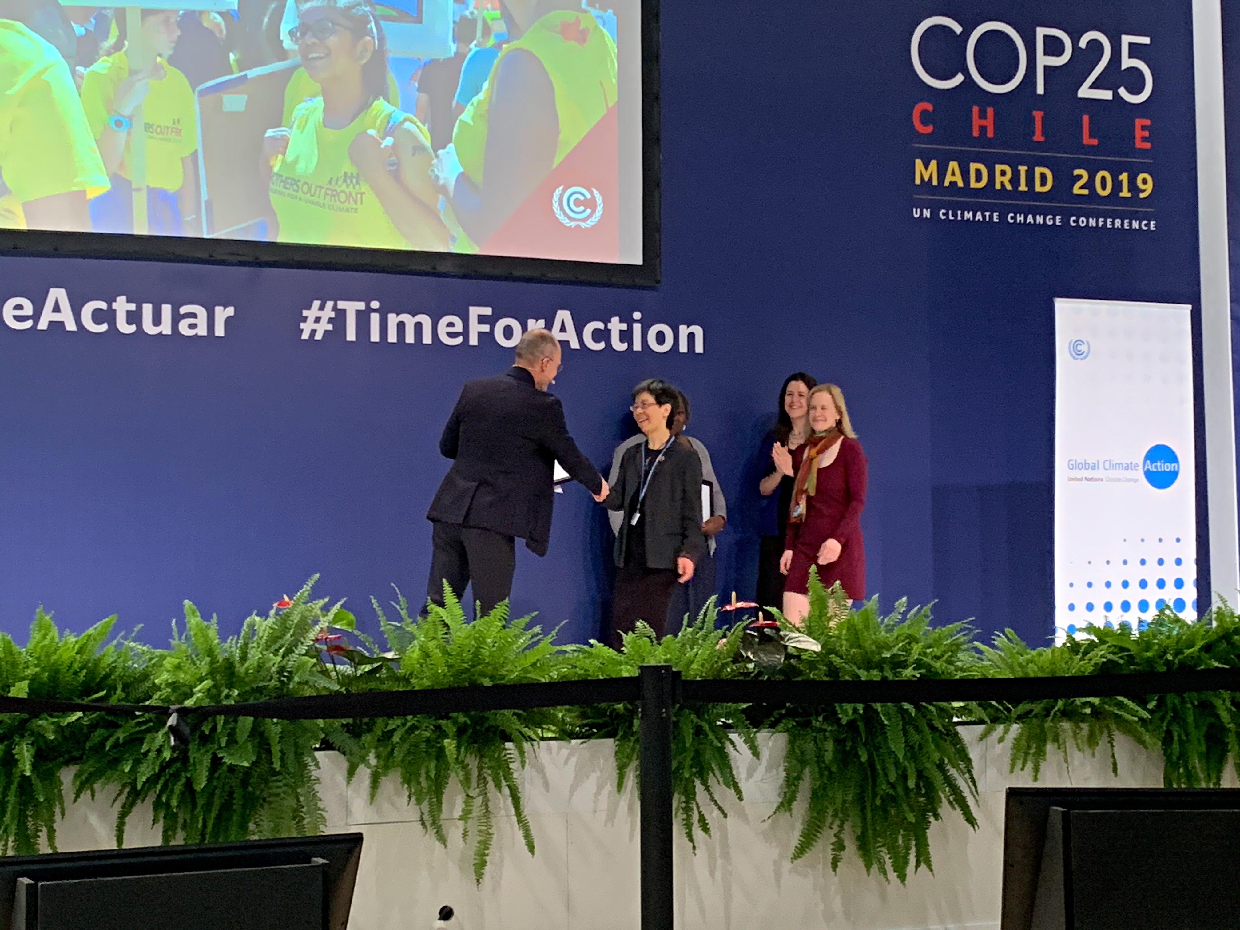 UN_Award_Acceptance_Amy_Vanessa_0222_CE.jpg