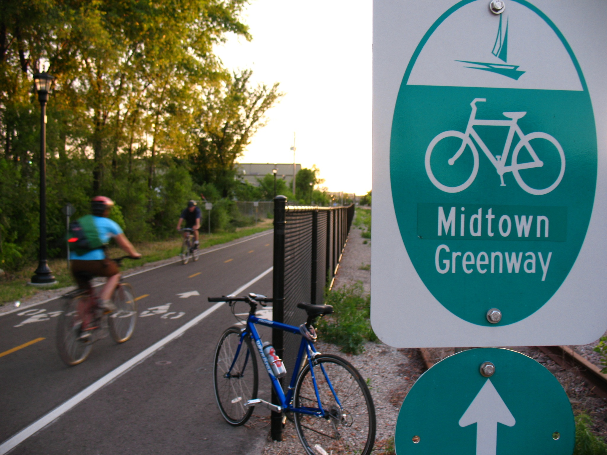 micah_Taylor_Midtown_Greenway-Minneapolis-2007.jpg