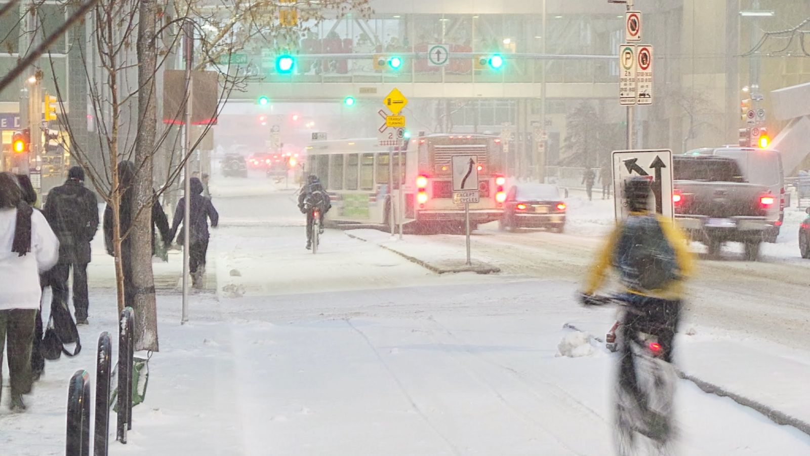 winter-cycling_Calgary.jpg