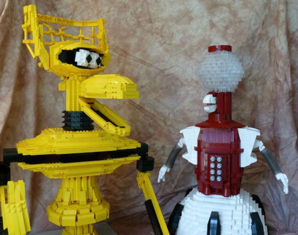 Tom and Crow in LEGO