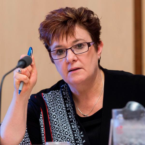 Senator for TAS Anne Urquhart (Labor)