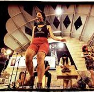 los_cafeteras_on_stage_shorts._300sq.jpg