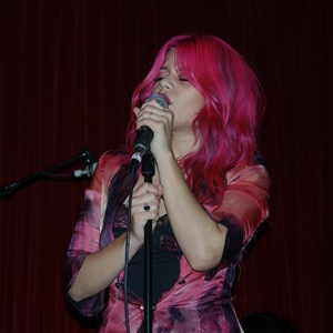 halo_circus_allison_with_mic__eyes_closed_300sq.jpg