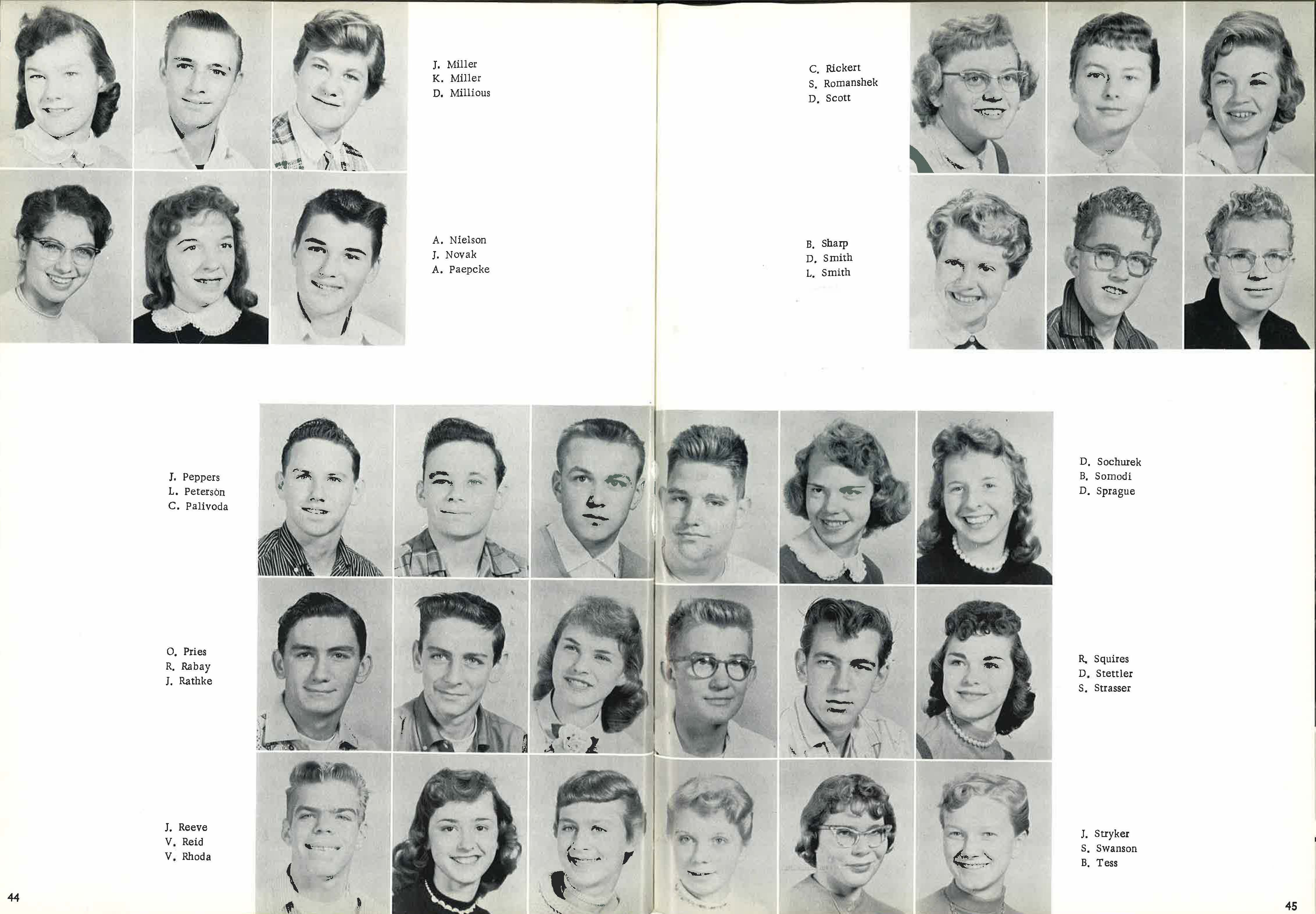 1958_Yearbook_44-45.jpg