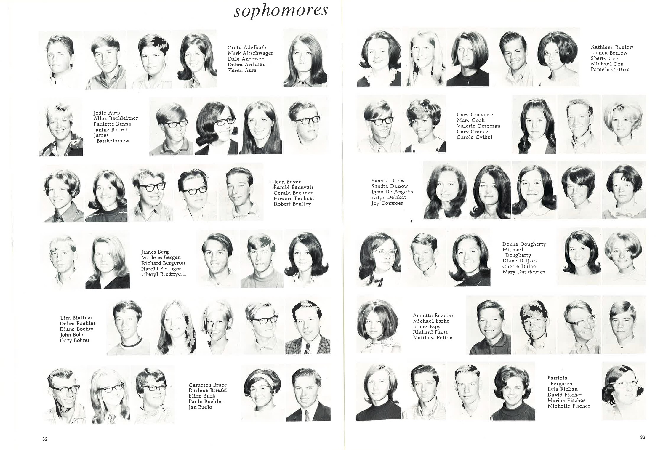1970_Yearbook_32-33.jpg