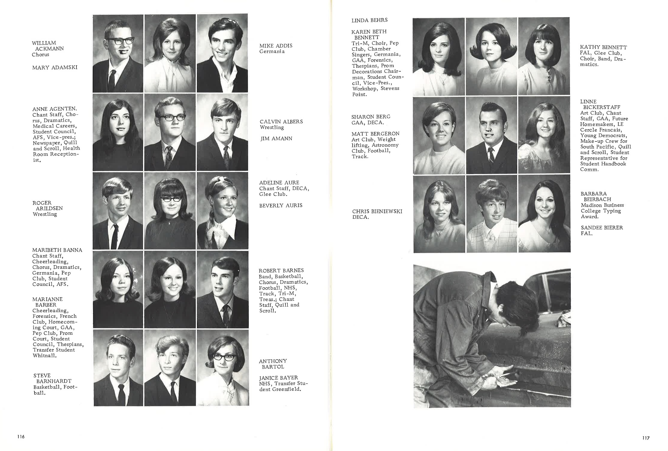 1970_Yearbook_116-117.jpg