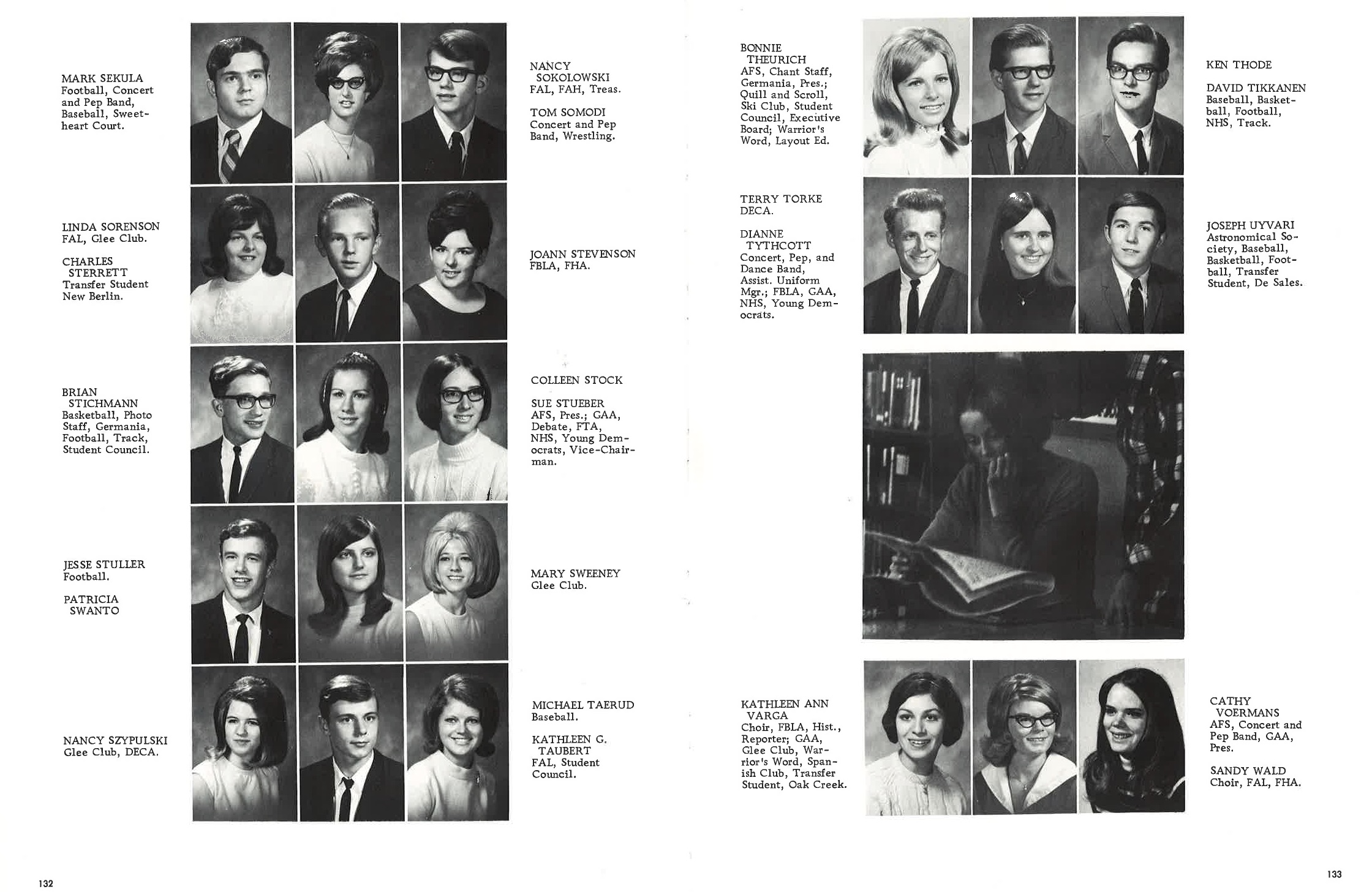 1970_Yearbook_132-133.jpg