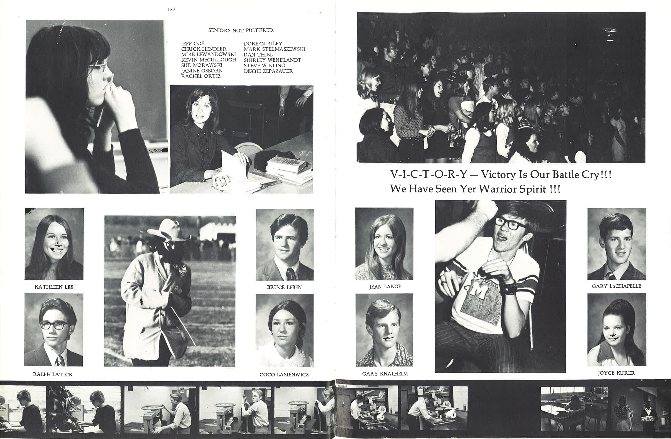 1972_Yearbook_132-133.jpg