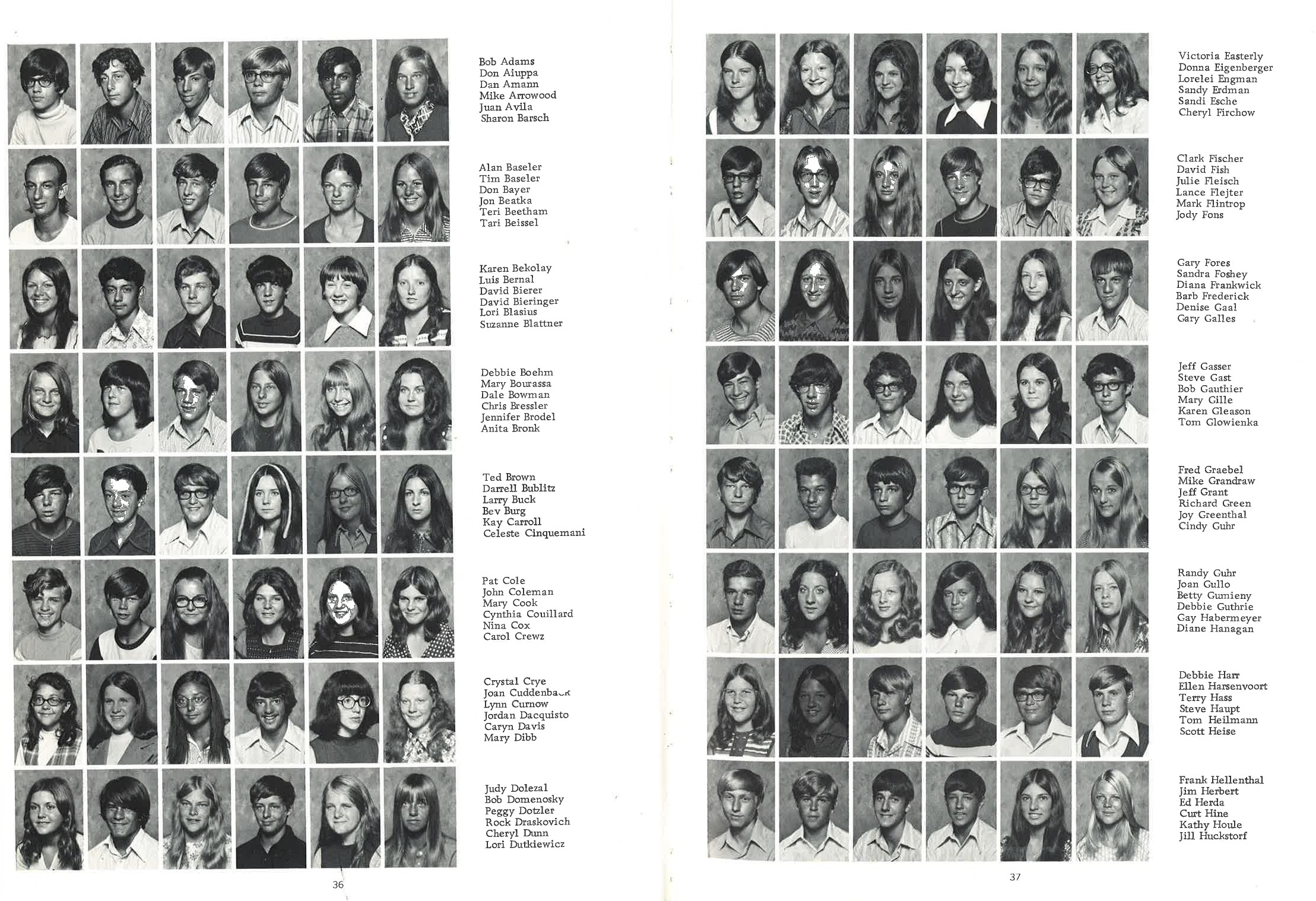 1973_Yearbook_36-37.jpg