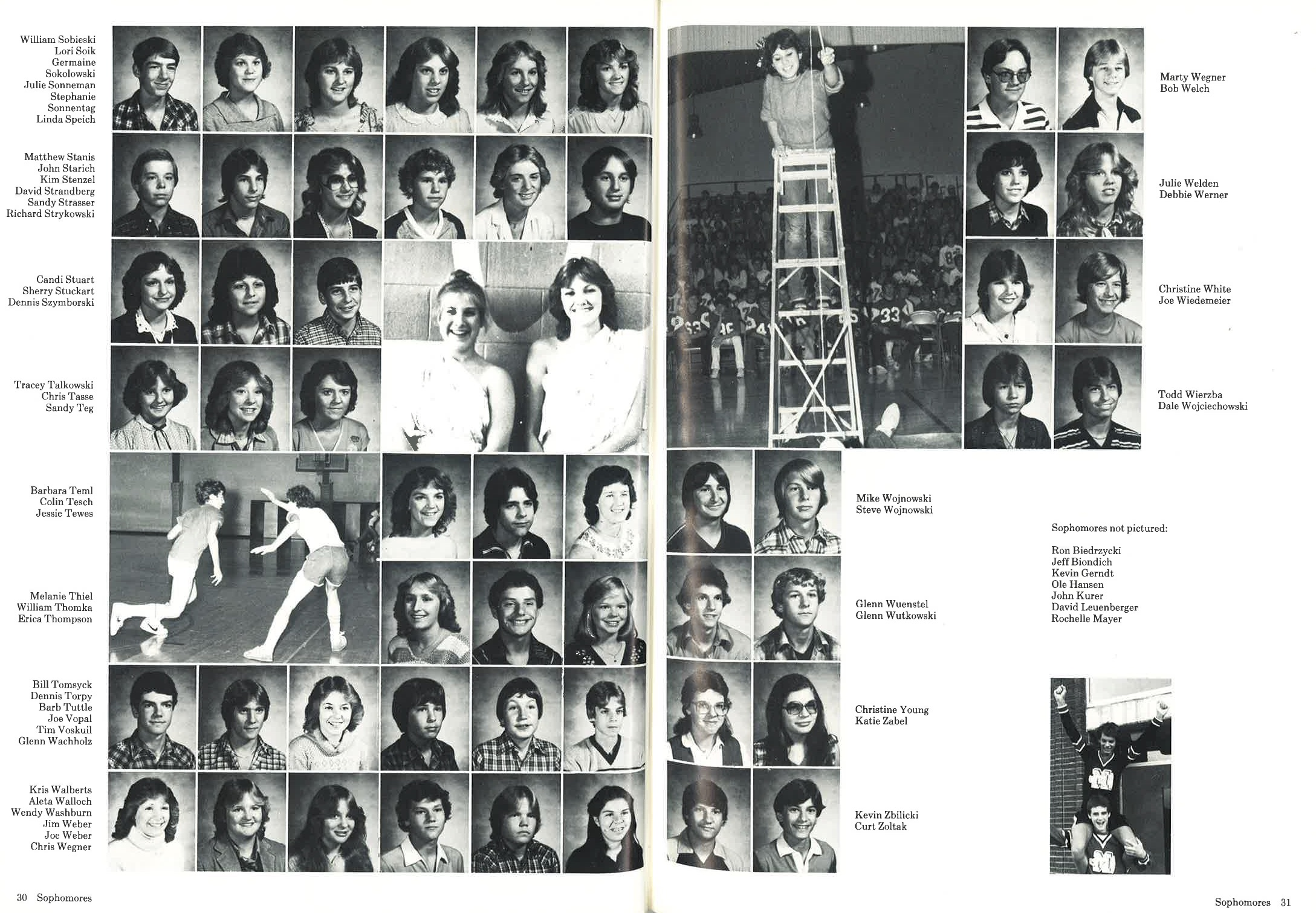 1982_Yearbook_30.jpg