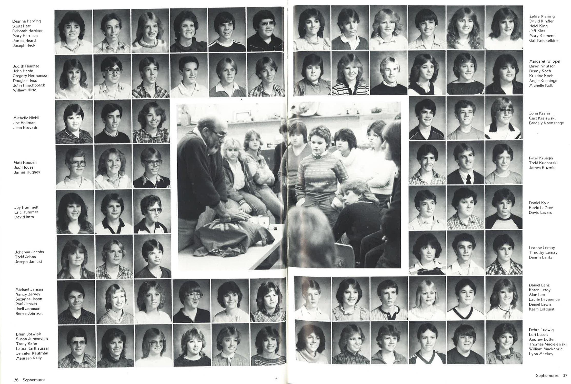 1983_Yearbook_19.jpg