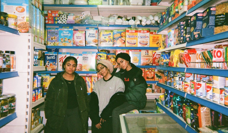 Capturing the spirit of London's young Muslim women - The sisterhood
