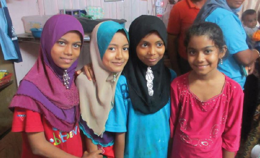 refugee_girls.JPG