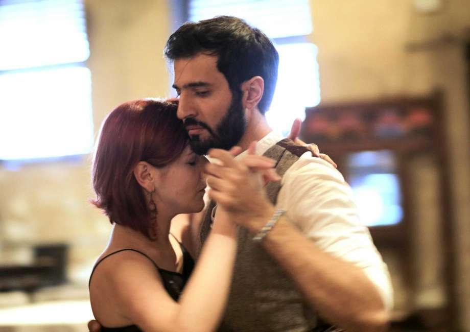 Iraqi refugee turns to tango