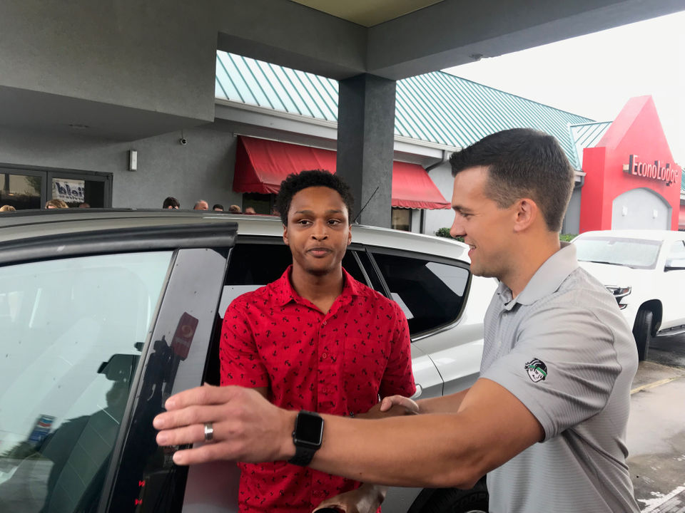 Birmingham college student walked 20 miles to 1st day of work so his boss gave him his car